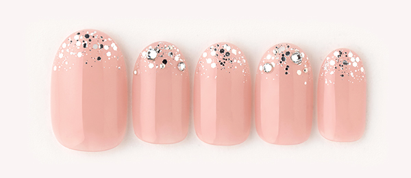 shiny pink(星野 樹美) | ネイルサロンtricia(トリシア)表参道店
