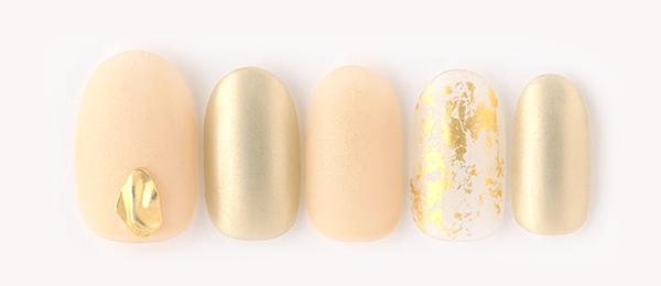 matt × gold(勝島 里絵) | ネイルサロンtricia(トリシア)銀座店