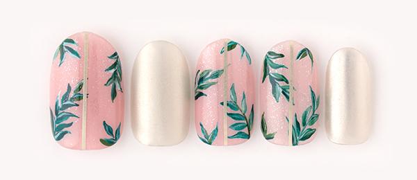 Botanical nail(澤 桃代) | ネイルサロンtricia(トリシア)表参道店