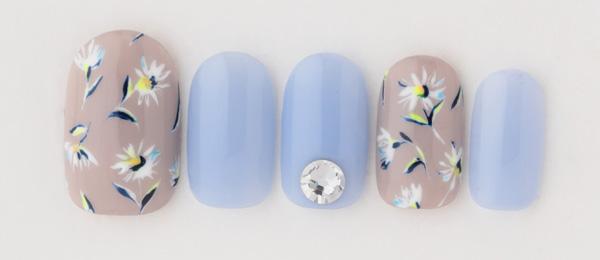neon flower(高橋 美香) | ネイルサロンtricia(トリシア)表参道店
