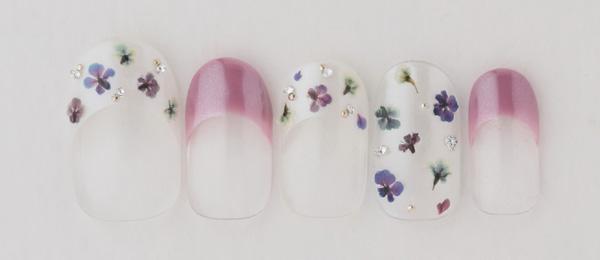 purple flower(平野 麻奈) | ネイルサロンtricia(トリシア)表参道店