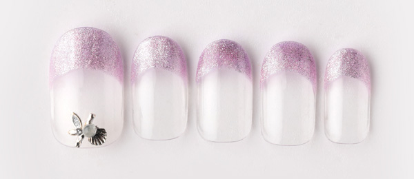 Glowing french nails(tricia) | ネイルサロンtricia(トリシア)銀座店