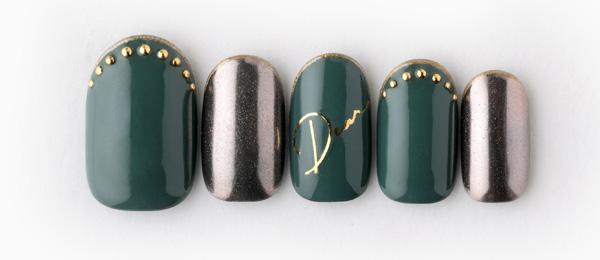 dark green nail(高橋 美香) | ネイルサロンtricia(トリシア)表参道店