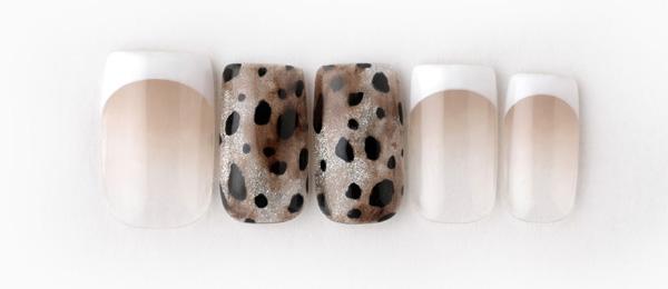 Glitter leopard print(澤 桃代) | ネイルサロンtricia(トリシア)表参道店