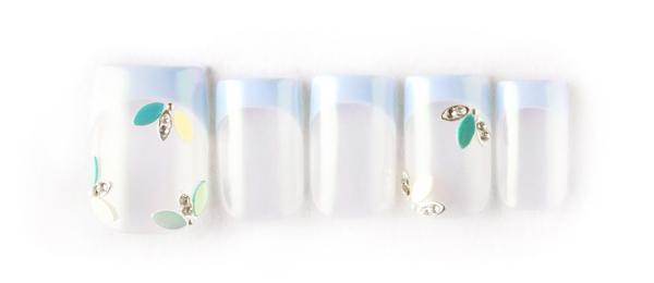 Pastel×French(西村 亜耶) | ネイルサロンtricia(トリシア)銀座店