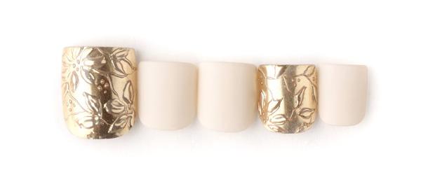 Hawaiian jewelry(澤 桃代)   ネイルサロンtricia(トリシア)表参道店