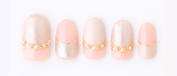 Pearl glitter french(勝島 里絵) | ネイルサロンtricia(トリシア)銀座店