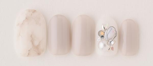 White marble(中西 優奈) | ネイルサロンtricia(トリシア)銀座店