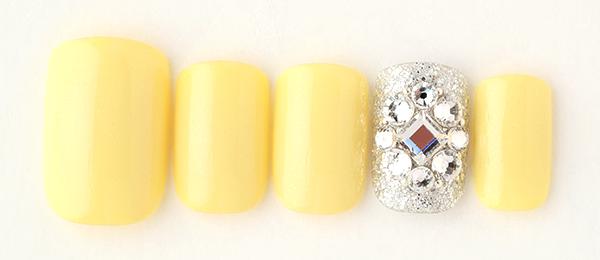 yellow bijou(中西 優奈) | ネイルサロンtricia(トリシア)銀座店