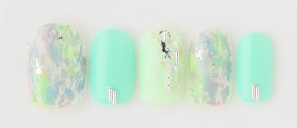 foil green nail(高橋 美香)   ネイルサロンtricia(トリシア)表参道店